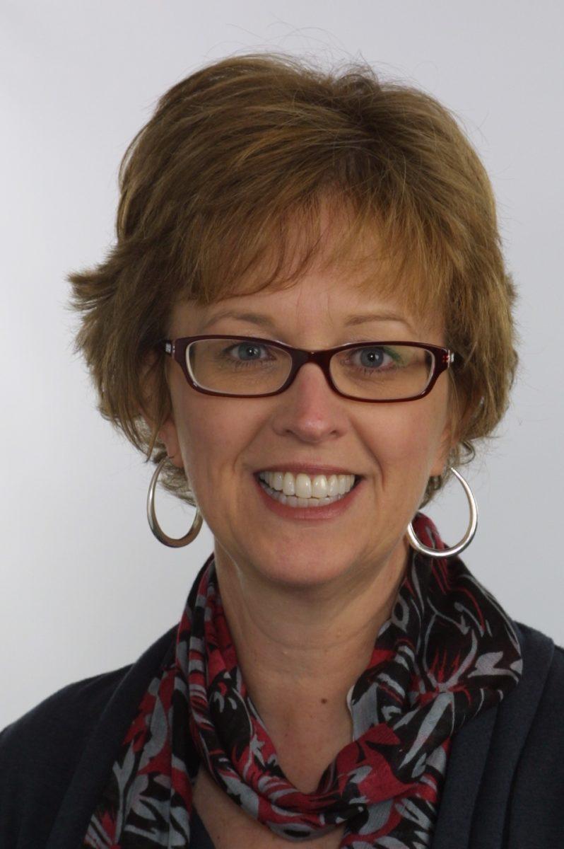 Karen Vernon Headshot