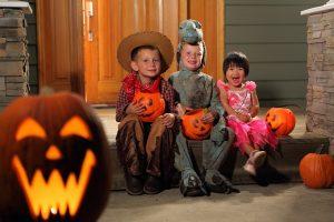 shutterstock-halloween-costumes