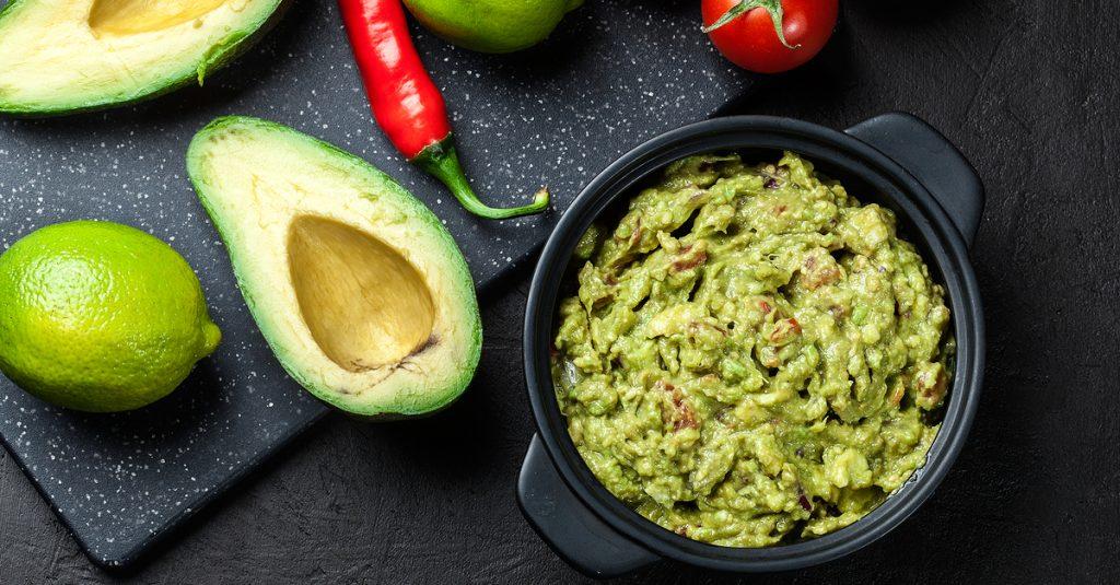 shutterstock-guacamole-peppers