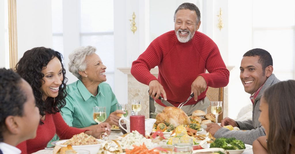 shutterstock-holiday-dinner-family-afam