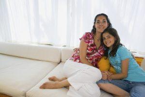shutterstock-mom-adolescent-daughter