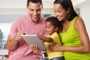 shutterstock-tablet-family-toddler