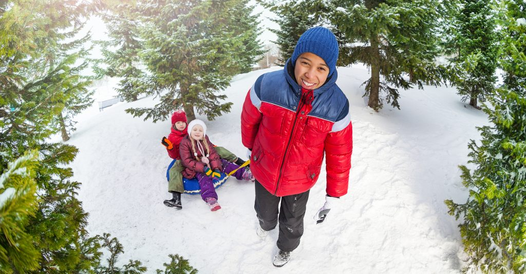 shutterstock-winter-children-playing