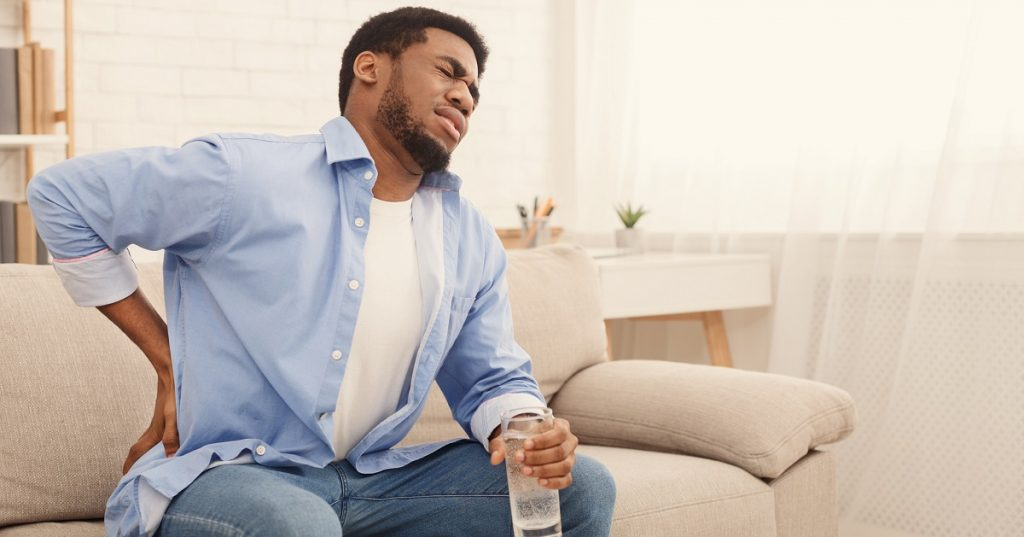 kidney pain and drinking water
