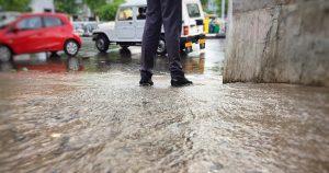 Flooding near cars